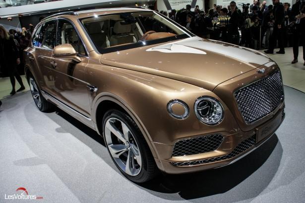 Salon-Francfort-2015-automobile-114-Bentley-Bentayga