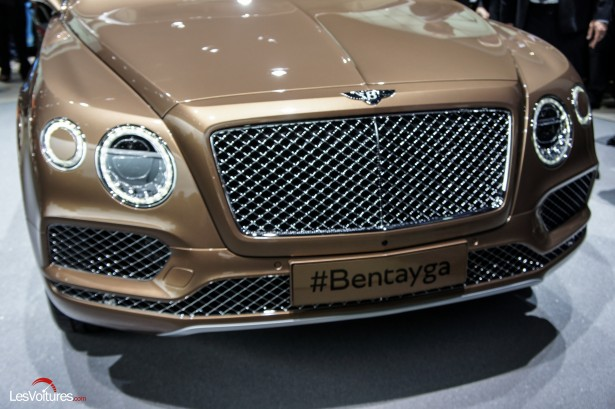 Salon-Francfort-2015-automobile-121-Bentley-Bentayga