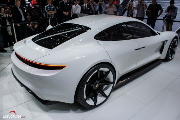 Salon-Francfort-2015-automobile-127-Mission-e-concept