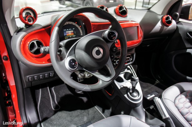 Salon-Francfort-2015-automobile-22Smart-Brabus-tailor-made