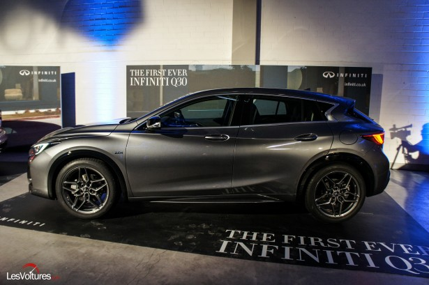 Salon-Francfort-2015-automobile-3-Infiniti-q30