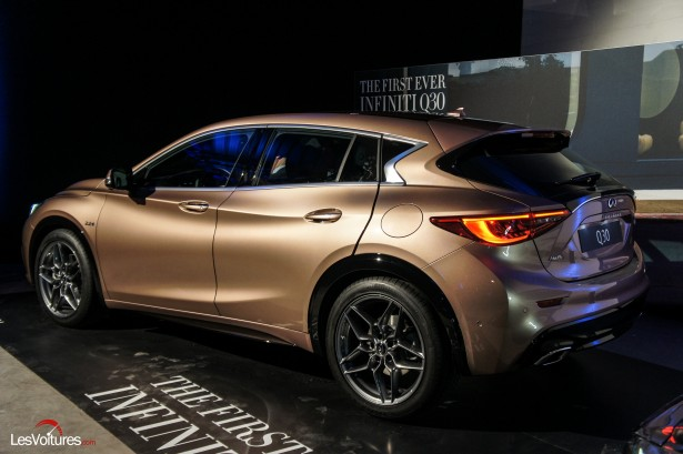 Salon-Francfort-2015-automobile-6-Infiniti-q30