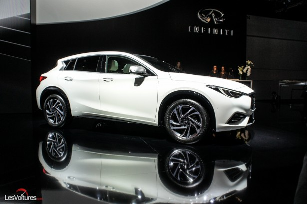 Salon-Francfort-2015-automobile-62-Infiniti-q30