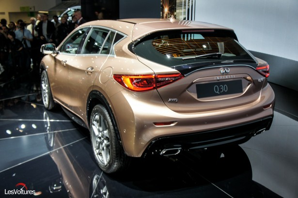 Salon-Francfort-2015-automobile-68-Infiniti-q30