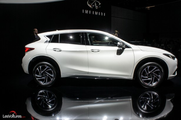 Salon-Francfort-2015-automobile-71-Infiniti-q30