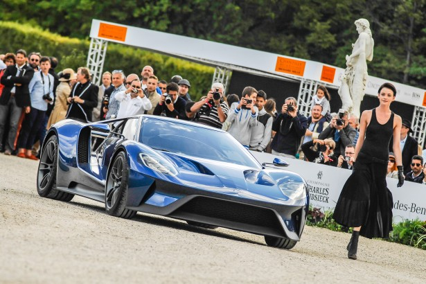 arts-et-elegance-chantilly-peter-auto-2015-Ford-GT