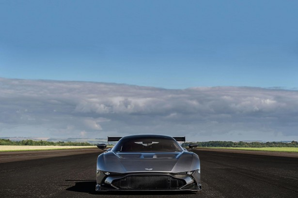 Aston-Martin-Vulcan-Avro