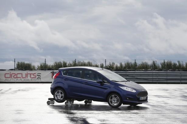 AUTO - ESSAIS PRESSE GAMME FORD 2015