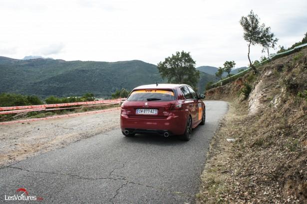 Peugeot-308-GTi-Corse-13