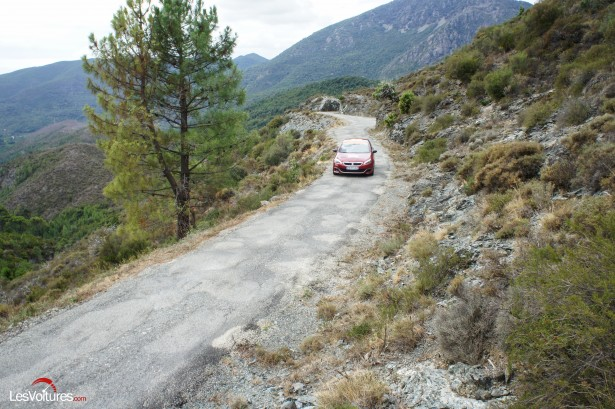 Peugeot-308-GTi-Corse-24