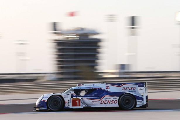 2015-6-Heures-de-Bahrein-6-Heures-de-Bahreïn-Toyota