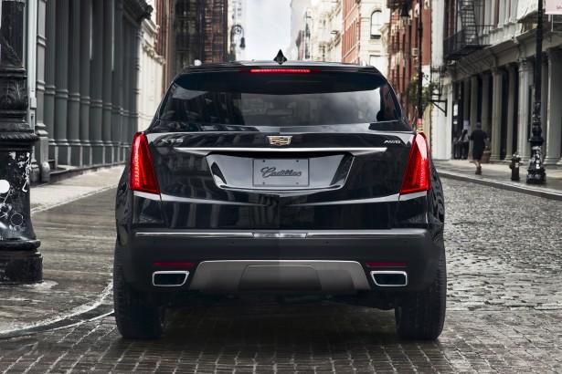Cadillac-XT5-2017-11