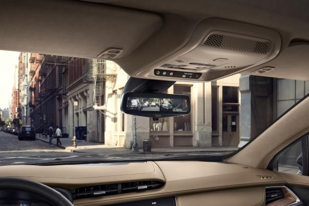 Cadillac-XT5-2017-8