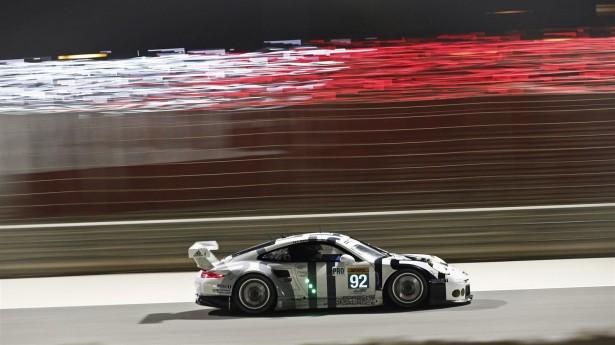 Porsche-6-Heures-de-Bahreïn-2015-911-RSR-92