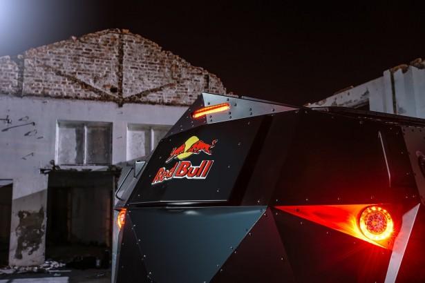 Red-Bull-SUV-2