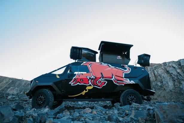 Red-Bull-SUV-4