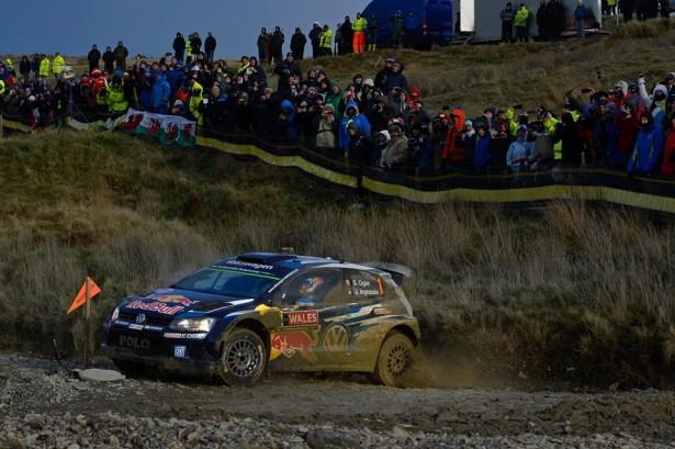 Volkswagen-Motorsport-Ogier-Wales-Rally-Great-Britain-wrc-2015-2