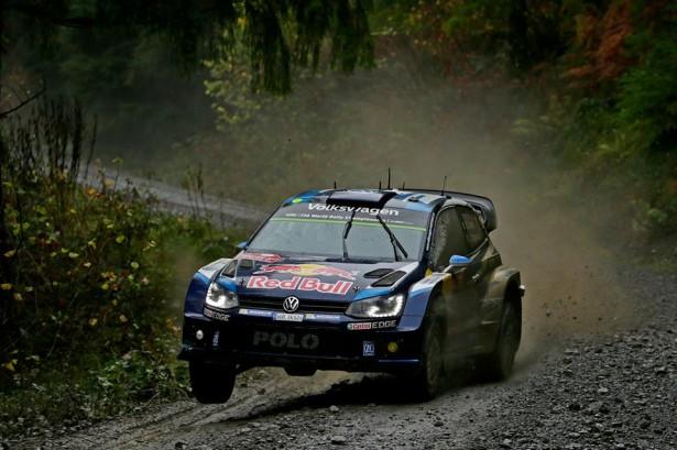 Volkswagen-Motorsport-Ogier-Wales-Rally-Great-Britain-wrc-2015-3