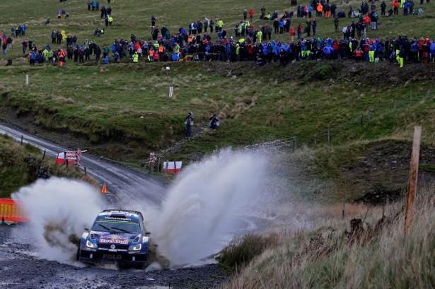 Volkswagen-Motorsport-Ogier-Wales-Rally-Great-Britain-wrc-2015