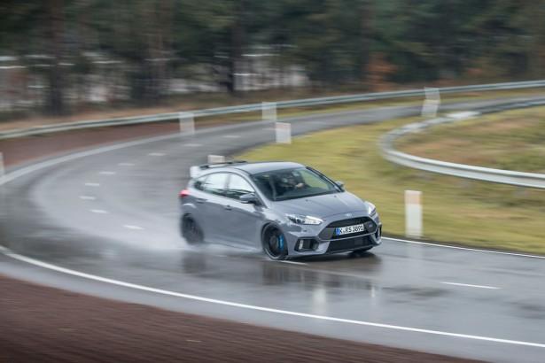 Ford-Focus-RS-Lommel