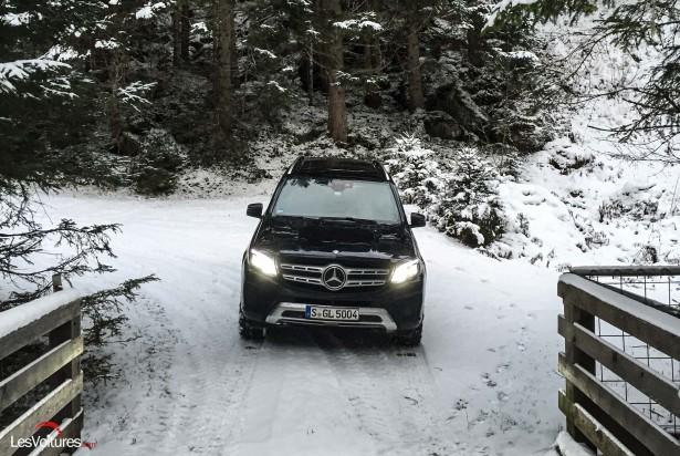 Mercedes-GLS-500-3