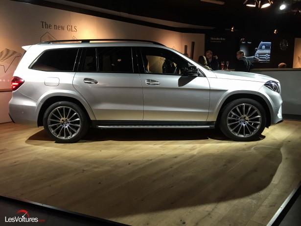 Mercedes-GLS-500-4