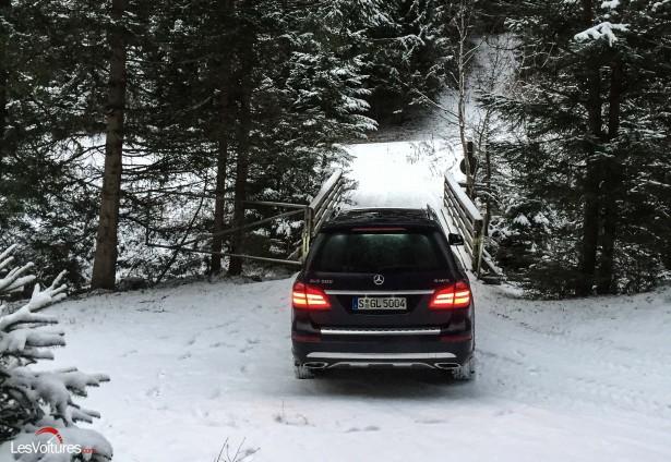 Mercedes-GLS-500-7
