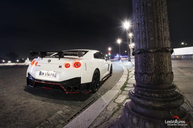 Nissan-GT-R-NISMO-photos-Paris-LesVoitures-Christmas-Noel-9