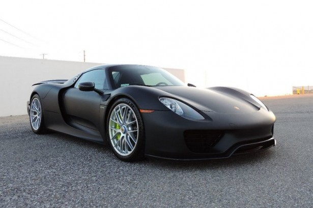 porsche 918 spyder un exemplaire unique sans peinture. Black Bedroom Furniture Sets. Home Design Ideas