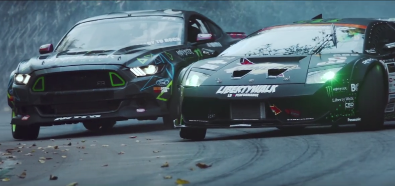 video-drift-battle-monster-energy-ford-mustang-lamborghini-murcielago