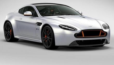 Aston-Martin-V8 Vantage-S-Blades-Edition-2016-couv-2