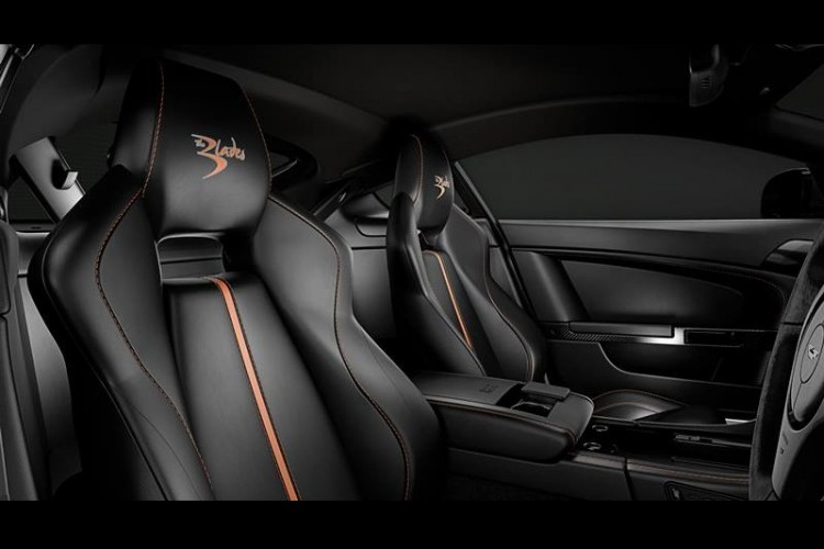 Aston-Martin-V8 Vantage-S-Blades-Edition-interior-2