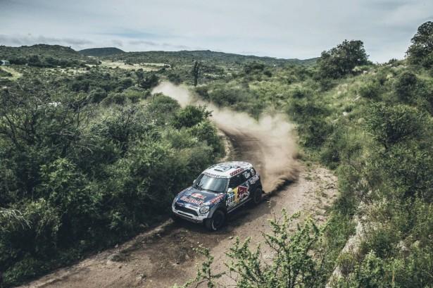 Nasser-Al-Attiyah-mini-all4-racing-Dakar-2015