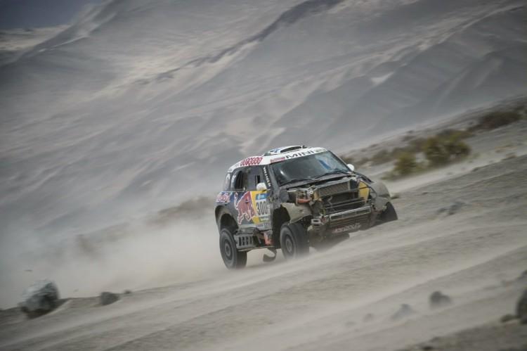 Nasser-Al-Attiyah-mini-all4-racing-dakar-2016-2