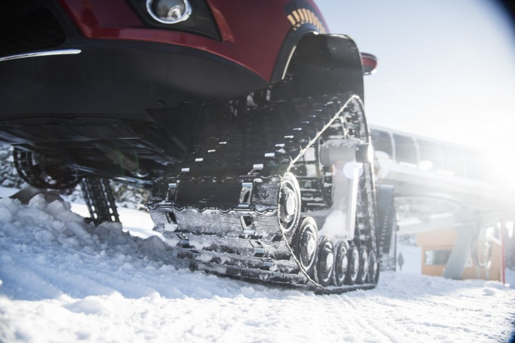 "Nissan's number one-selling product in Canada has been transformed into an extreme prototype, which sits on heavy-duty snow tracks measuring 30""/76 cm in height, 48""/122 cm in length and the individual track width is 15""/38 cm."