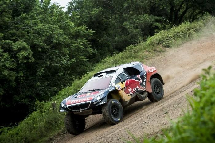 Peugeot-2008-DKR-dakar-sebastien-loeb-2