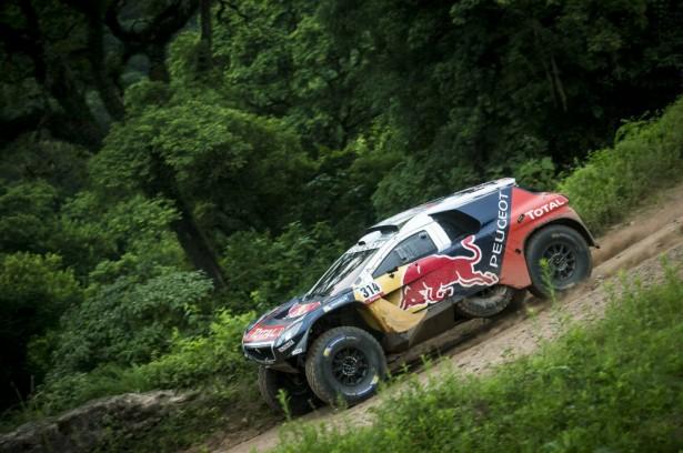 Peugeot-2008-DKR-dakar-sebastien-loeb