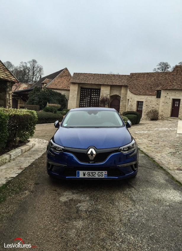 Renault-Megane-2016-2