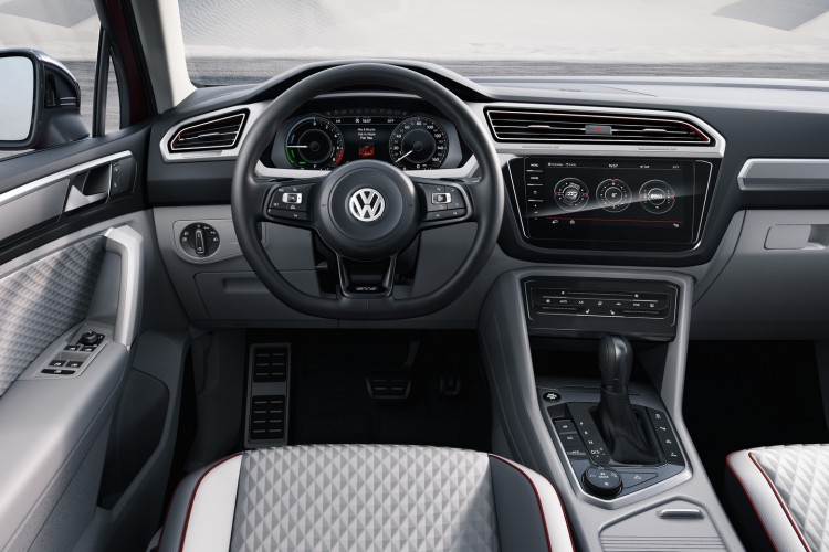 Volkswagen-Tiguan-GTE-Active-Concept-2016-NAIAS-Detroit-9