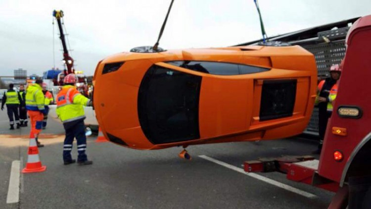 accident-a12-supercar-bailly