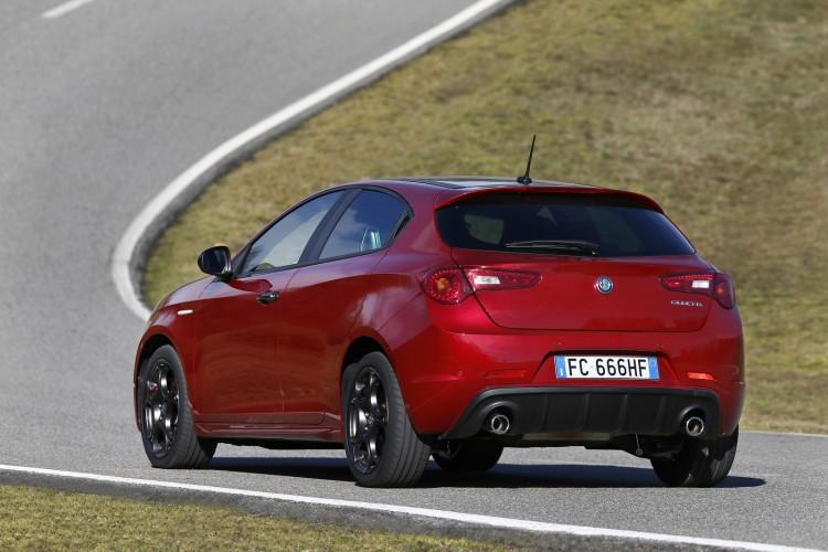 Alfa-Romeo-Giulietta-2016-14