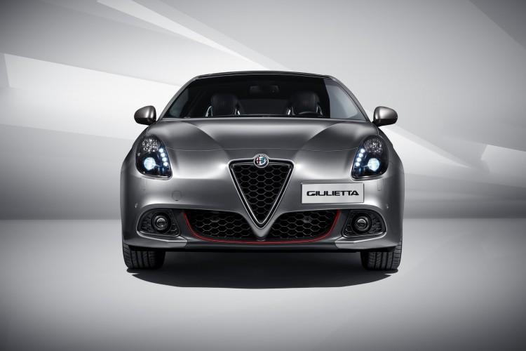 Alfa-Romeo-Giulietta-2016-3