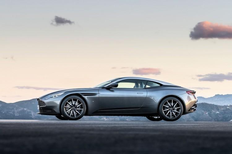 Aston-Martin-DB11-Geneva-2016-3