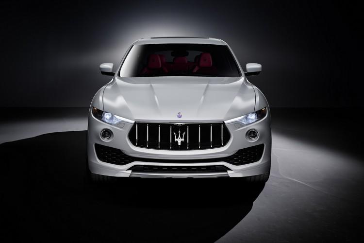 Maserati-Levante-2016-2