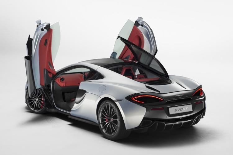 McLaren-570GT-2016-9