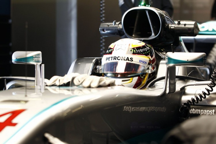 Mercedes-F1-Barcelona-2016-test