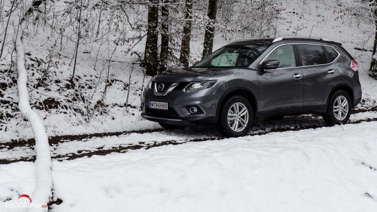 nissan x trail dci 130 all mode 4 4 i la neige et la boue ne l impressionnent pas essai. Black Bedroom Furniture Sets. Home Design Ideas