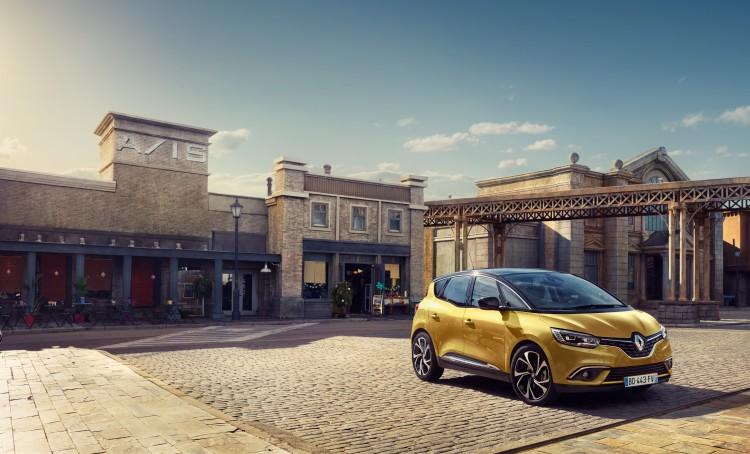 Renault-scenic-2016-2