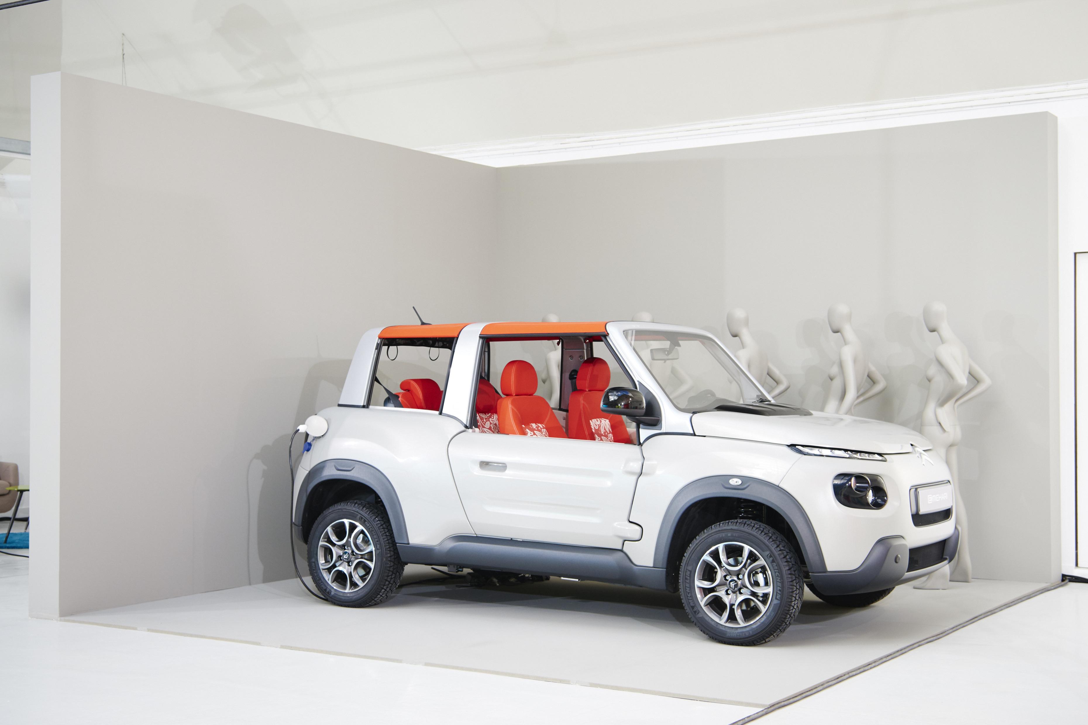 citro n e mehari shooting photo lifestyle avant gen ve les voitures. Black Bedroom Furniture Sets. Home Design Ideas