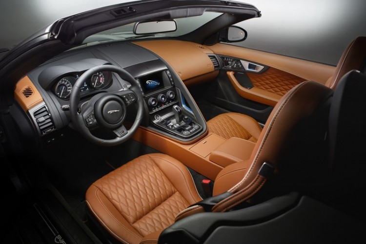 2017-jaguar-f-type-svr-interior